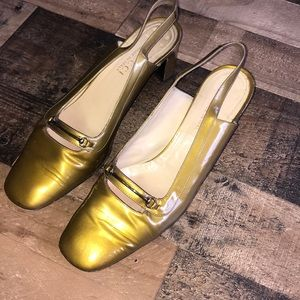 Gucci gold patent block heels shoes
